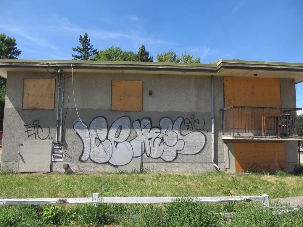 Graffiti wall calgary - 404660