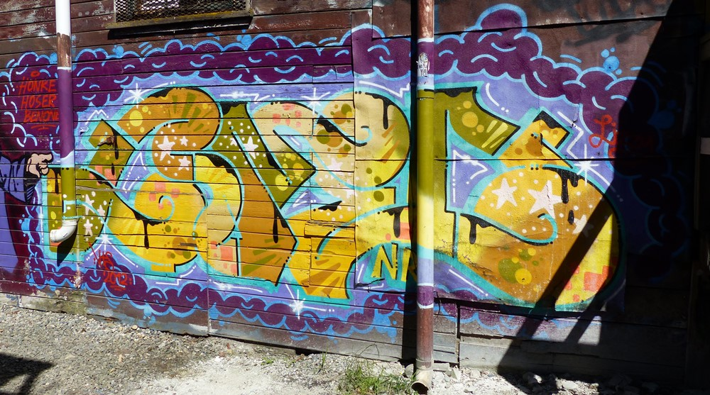Contemporary Cameo Wall Art Festooning - Wall Art and Decor Ideas ...